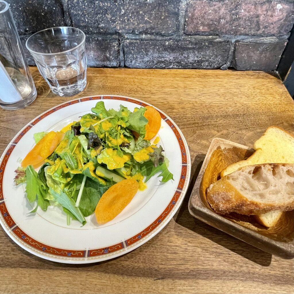 【三軒茶屋】地元民に愛される店「ヨーロッパ食堂」で絶品ランチ♡サラダ