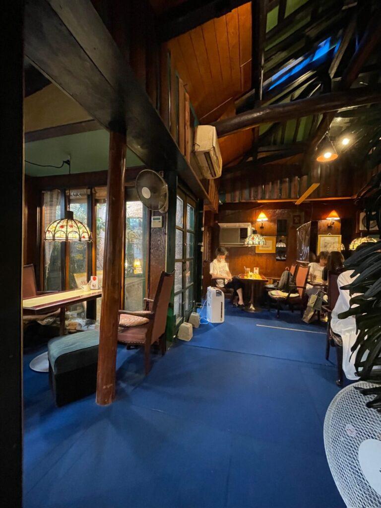 【三軒茶屋】ポップでレトロな老舗カフェ♡「喫茶店 セブン」