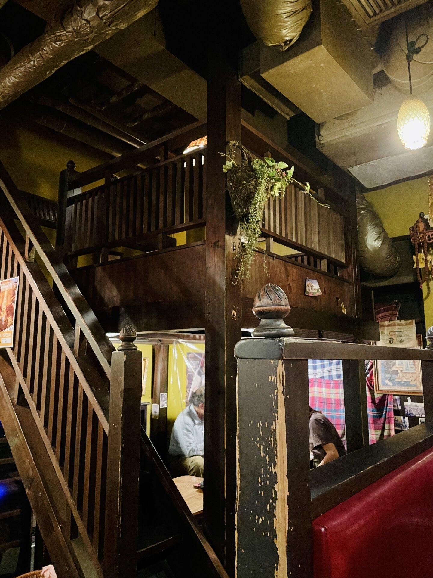【三軒茶屋】タイ料理の激戦区でトップレベル!「タイ東北料理イサーンキッチン 」店内